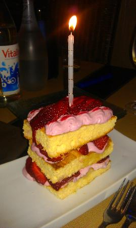 Bistro des Z'Artes: spur of the moment birthday dessert!
