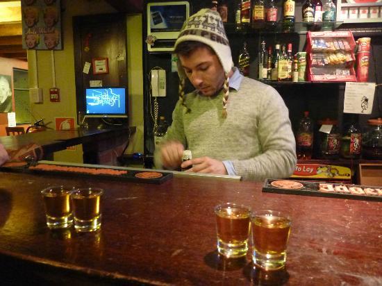 Hostel Kokopelli : Friendly Bartenders