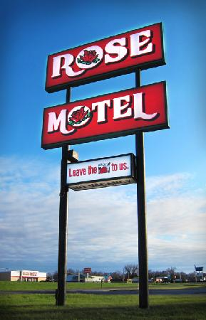 David City, NE : Rose Motel - Leave the rest to us!
