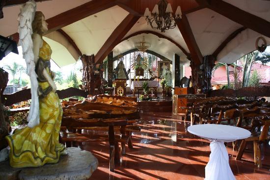 La Virginia Hotel & Resort: a beautiful church....