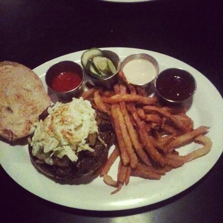 Urban Stack : Asian Q burger