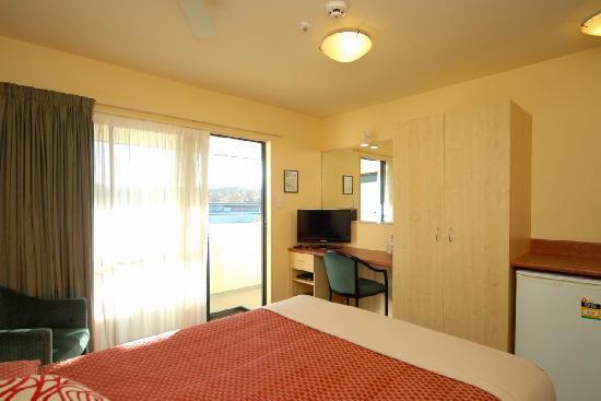 Bella Vista Motel: Compact Studio