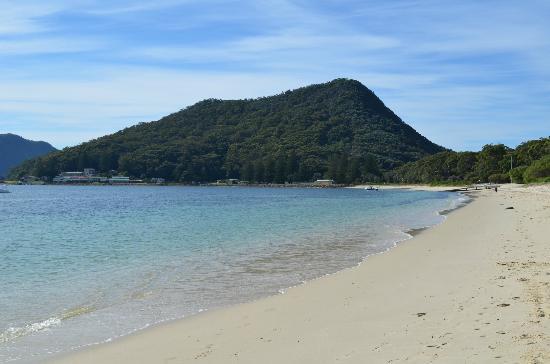 Ramada Resort Shoal Bay: The beach across the road.