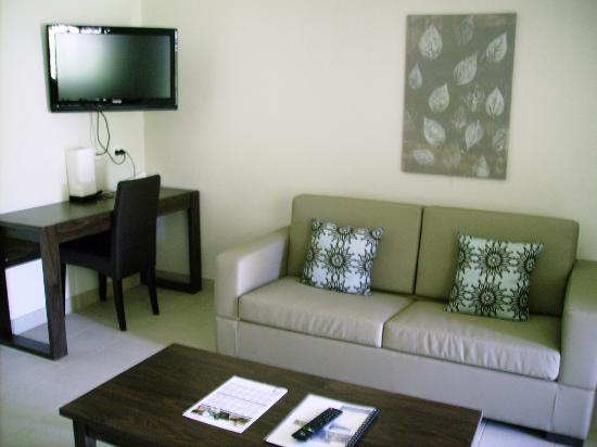 Seminara Apartments: room