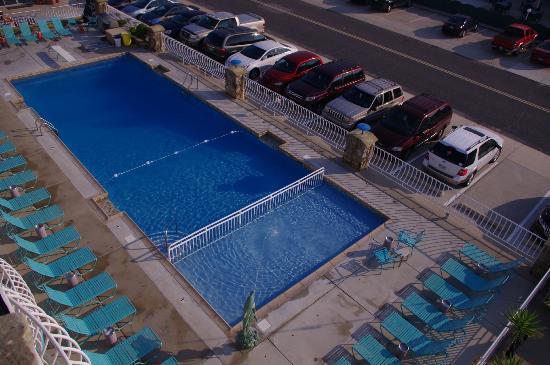 Imperial 500 Motel: Salt Water Pool