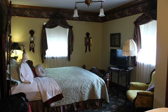 Old Church House Inn: Bedroom
