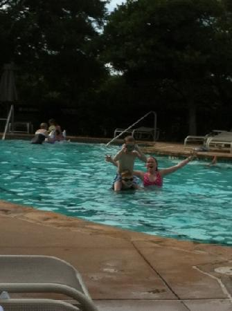 Omni Barton Creek Resort & Spa: School mates at the pool- June 2012