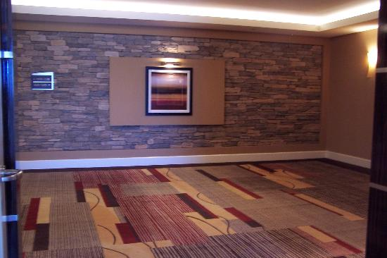 Agua Caliente Casino Resort Spa: Hallway outside of our room
