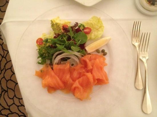 Baur au Lac: room service