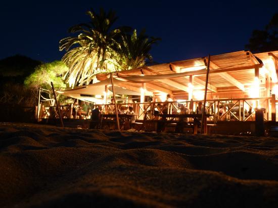 Rayol-Canadel-sur-Mer, França: Très agréable soirée...