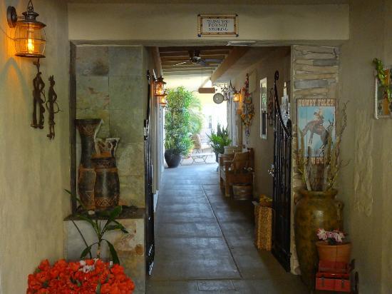 Old Ranch Inn: Entrance