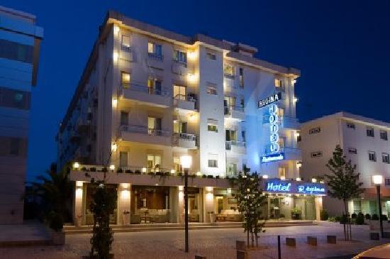 Hotel Regina: FACHADA EXTERIOR