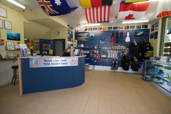 Manta Lodge & Scuba Centre : reception