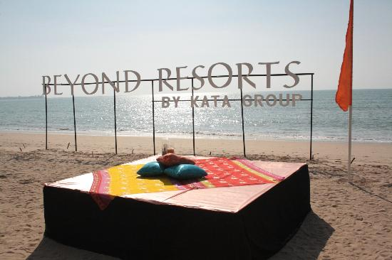 Beyond Resort Khaolak: Strand
