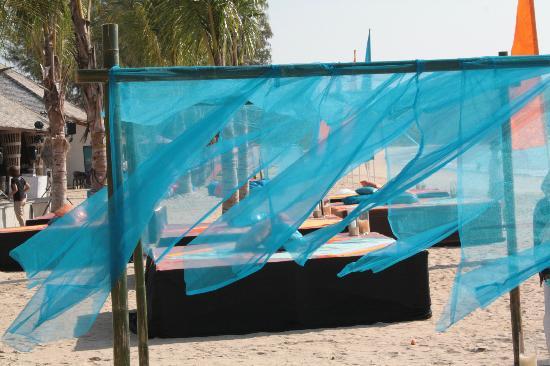 Beyond Resort Khaolak: Deko zu Eröffnungsfeier am Strand