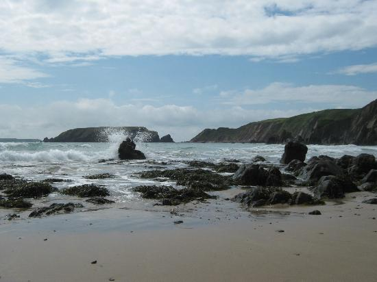 Marloes Sands Beach