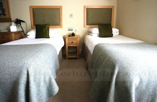 Emlyn Hotel: Room 21