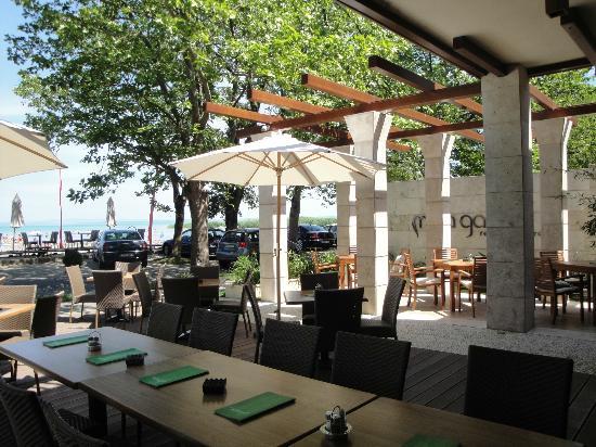 Mala Garden Hotel: restaurant