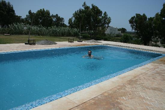 Villa Gonatouki: The lower pool, both are gorgeous!!