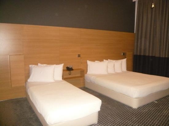 Hotel Aegli: confy bed