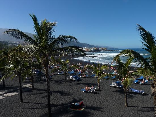 Hotel Las Aguilas: The Beach in Puerto De La Cruz