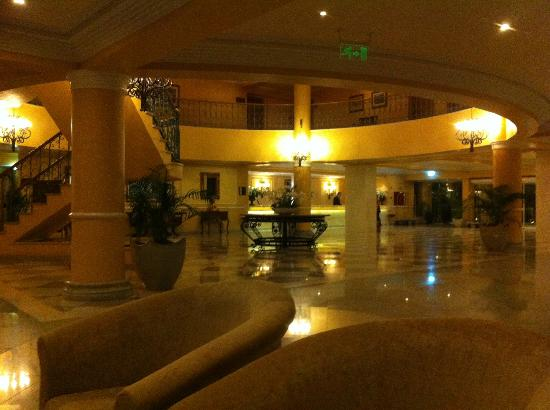 Ria Park Hotel: Lobby