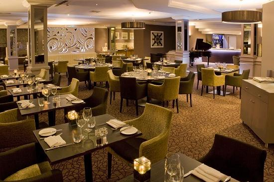DoubleTree by Hilton Hotel Sheffield Park: Piano Restaurant and Bar (2)