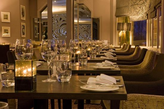 โรงแรมดับเบิลทรี บาย ฮิลตัน เชฟฟิลด์ พาร์ค: Piano Restaurant and Bar (4)
