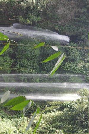 Singaraja, Indonesien: 2 of 7 waterfalls