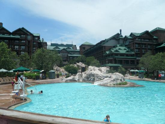 Disney's Wilderness Lodge: Silver Creeks Pool