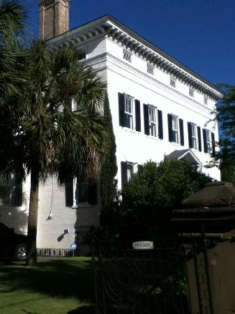 Historic District: Historial Home/Old Governers Mansion