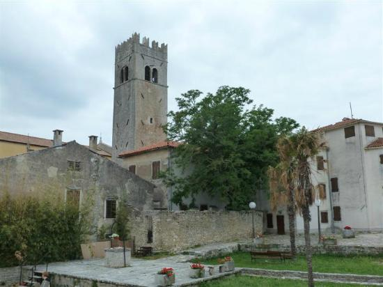 Motovun, Kroatië: Main church in the town