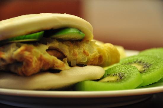 MudanHouse: Breakfast