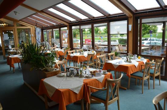 Schweigener Hof : Restaurant + Frühstücksraum