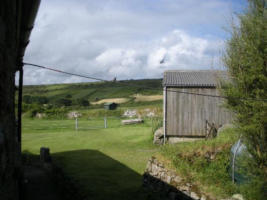 Boskednan Farm: View towards the moor