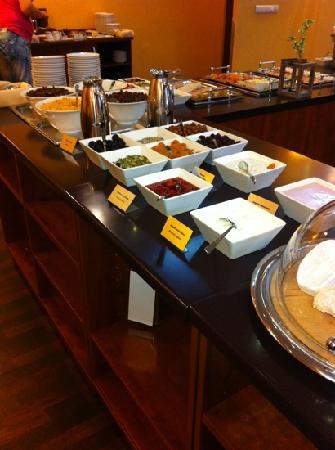 Qubus Hotel Legnica: breakfast