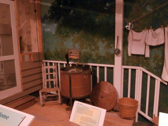 South Carolina State Museum : Easy Washer (1910)