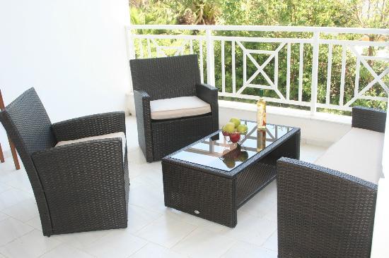 Villa Ria Apartments & Suites: Σαλόνι