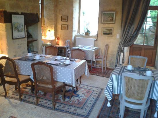 Sarlat Cote Jardin: salle à manger