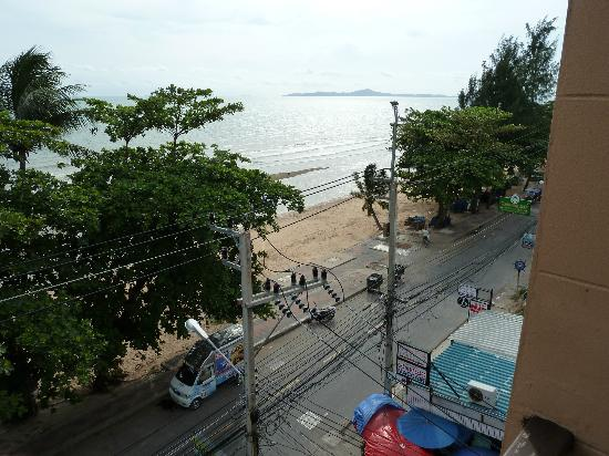 SeaSide Jomtien Beach: The view from the room Balcony