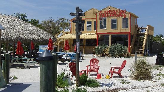 Barnacle Restaurant : Barnacle's Island Resort