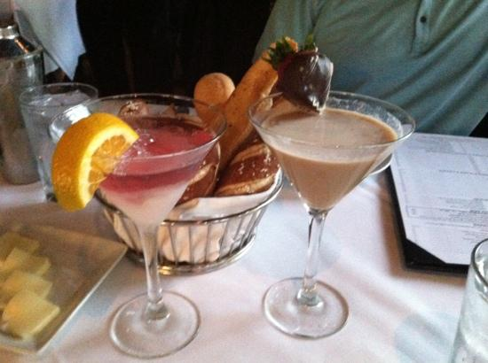 Mastro's Ocean Club: Cosmo with dry ice, chocolate martini, and bread basket.
