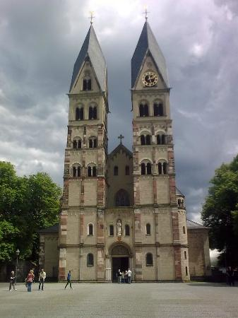 Basilica of St. Castor: Impressive architecture