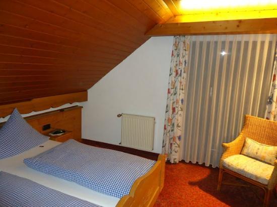 Hotel Restaurant Riegeler Hof : Mi habitación impecable