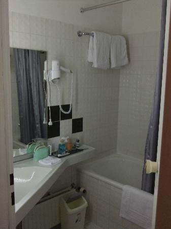 Hotel Falkenturm: 洗面所・バスルーム