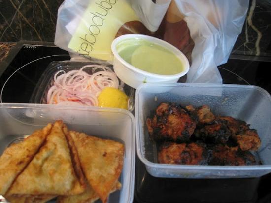 Gazebo Restaurant: Murgh Khasta & Peshawari Gosht Tikka
