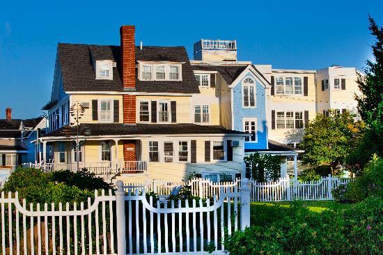 The Beach House : Alternate exterior view