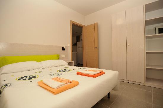 Apartamentos Marina Suites : Schlafbereich 2-Zimmer Appartment