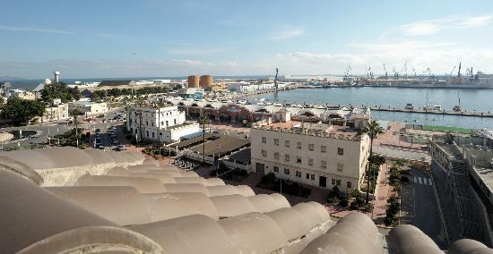 Apartamentos Marina Suites : Aussicht vom Balkon der Suite