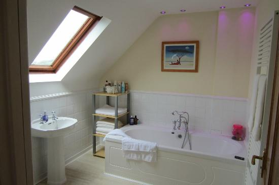 The Retreat Greyabbey Bed & Breakfast: Bathroom